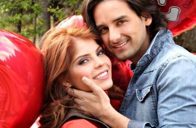 Las parejas m s atractivas del espect culo famosos express for Chismes del espectaculo en mexico